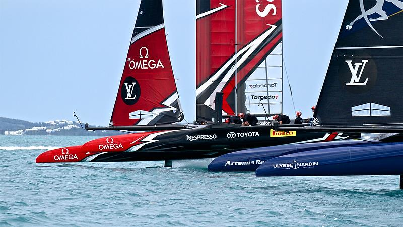 Artemis Racing and Emirates Team NZ closing on the finish Race 6 - Challenger Final, Day 11 - 35th America's Cup - Bermuda June 11, 2017. Emirates Team New Zealand won by just 1 second. - photo © Richard Gladwell