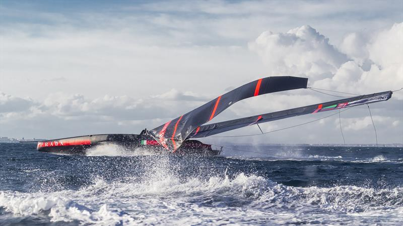 Luna Rossa drops her rig while training off Cagliari, Sardinia - January 2020 - photo © Carlo Borlenghi / Luna Rossa